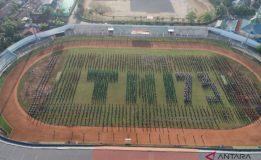 REKOR MURI TARI MASAL GEMU FAMIRE PADA HUT TNI KE 73